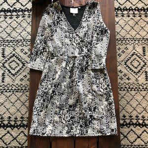 「Anthropologie」Snakeskin Wrap Dress